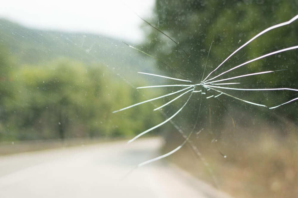 Plaisa vējstiklā