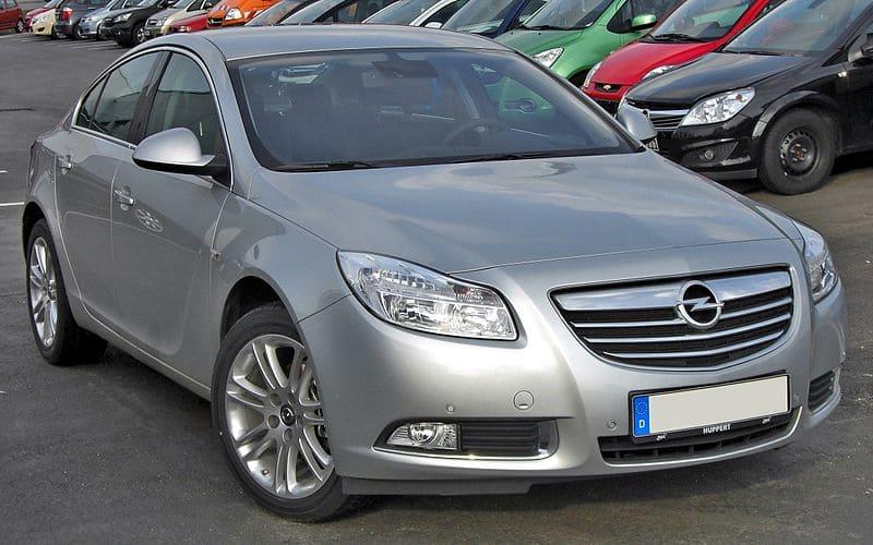 Neuzticams auto Opel Insignia